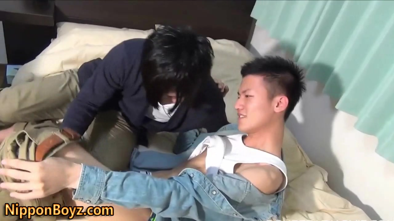 guys-asian-twink-first-time-fiji-pussy