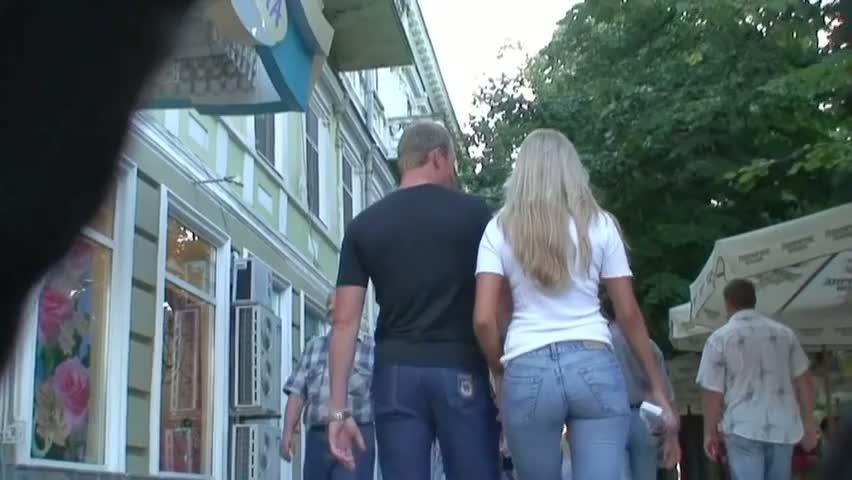 Прилюдный секс на улице
